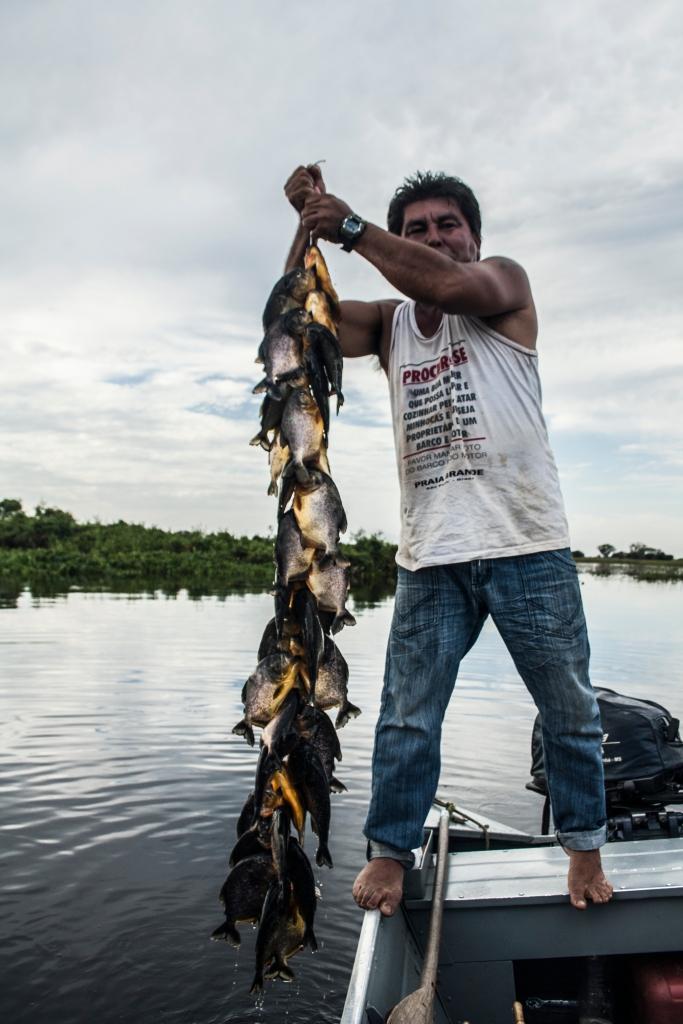 Pantanal_Indio beim Angeln2